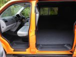 VOLKSWAGEN TRANSPORTER T32 T5 T6 TDI 140 6 SPEED WINDOW VAN WITH TAILGATE IN ORANGE - 1320 - 6
